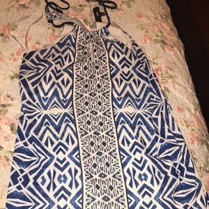 Dresses & Skirts - Mossimo blue and white pattern dress